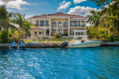 CRYSTAL HARBOUR FAMILY HOME