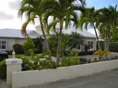 Patrick's Island Canal front home - Residential Property For Rent in Cayman