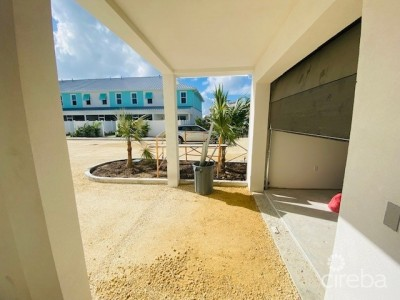 PERIWINKLE COURTYARD HOME - END UNIT BRAND NEW BUILD