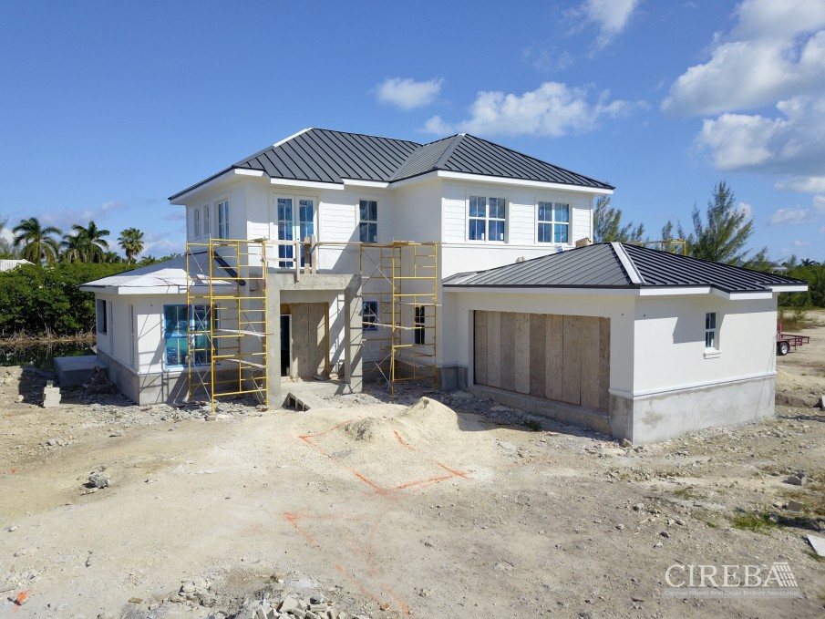 CLIPPER BAY CANAL FRONT HOME - Image 2
