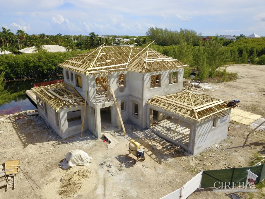 CLIPPER BAY CANAL FRONT HOME - Image 3
