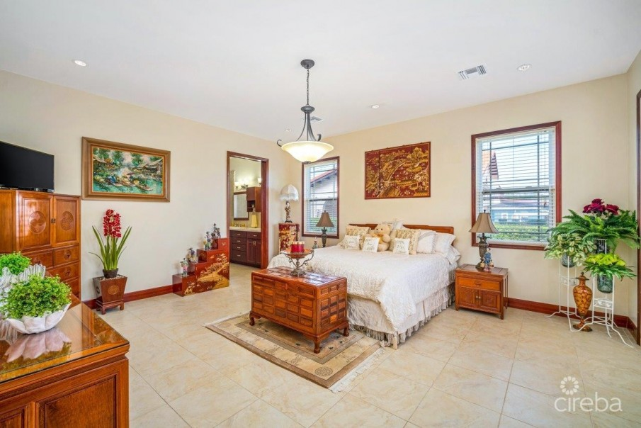 CORAL GABLES HOME - Image 6