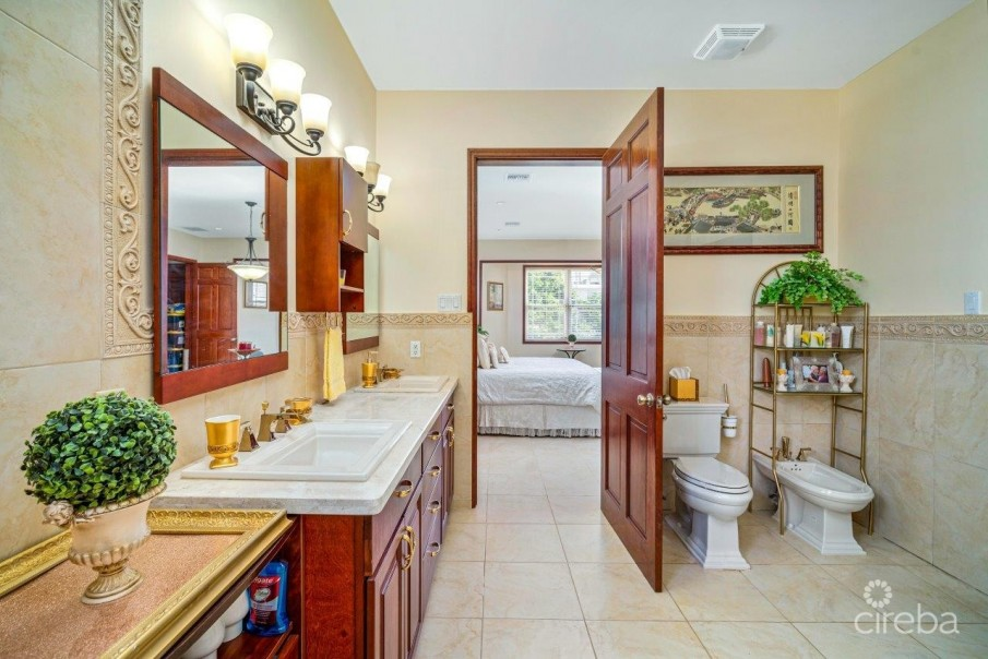 CORAL GABLES HOME - Image 5