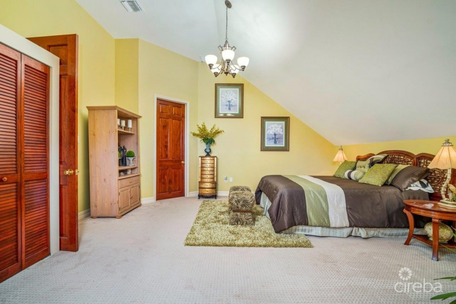 CORAL GABLES HOME - Image 10