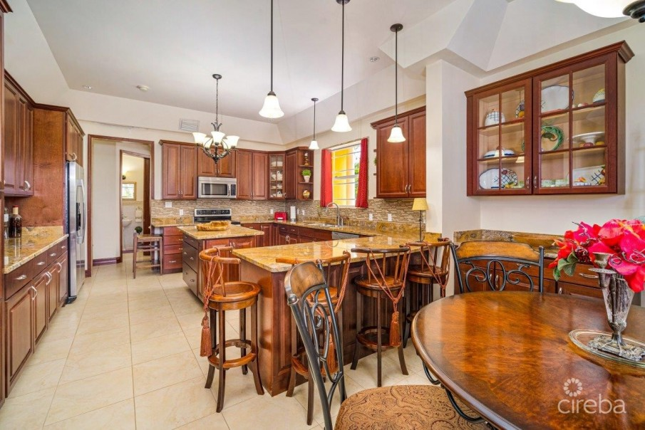 CORAL GABLES HOME - Image 4