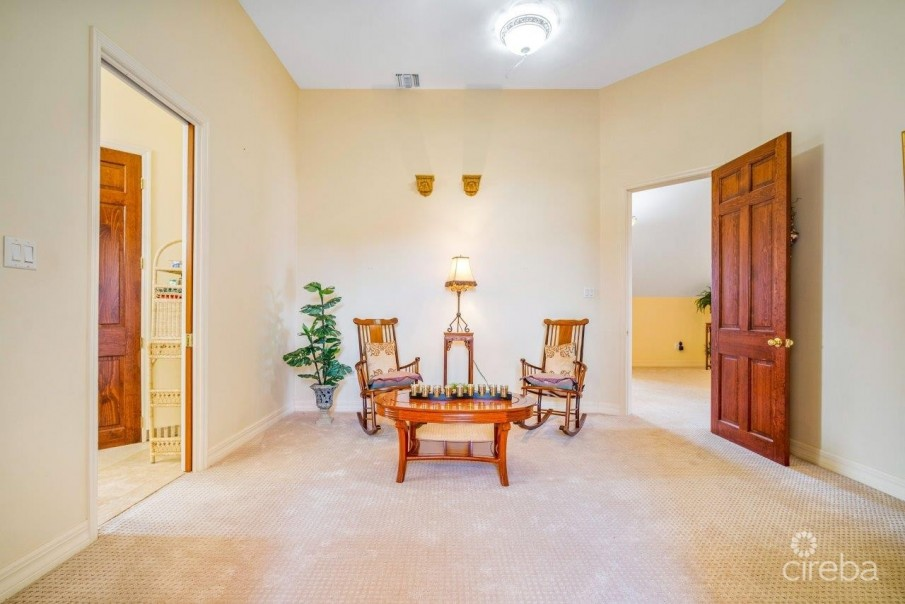 CORAL GABLES HOME - Image 11