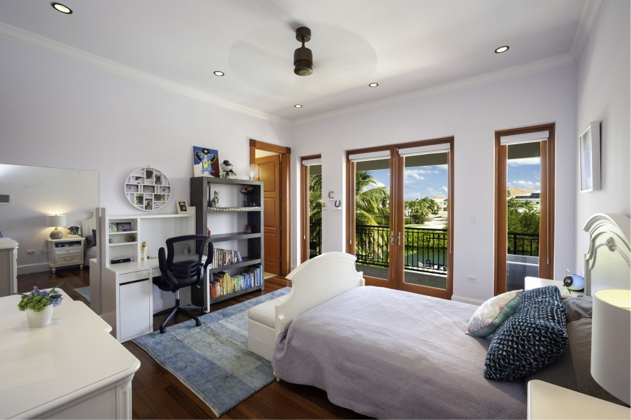 CRYSTAL HARBOUR FAMILY HOME - Image 16