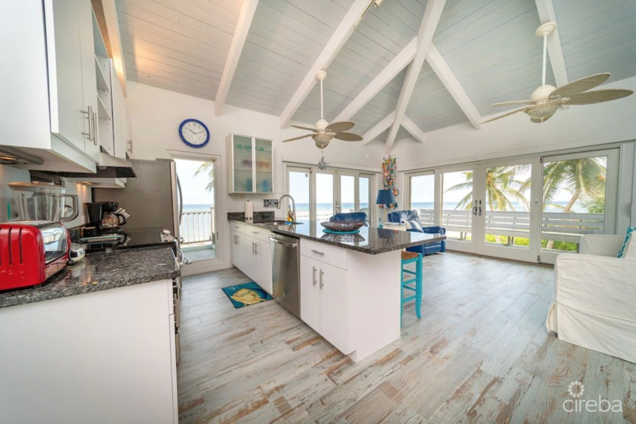 EMERALD SEA HOUSE, RUM POINT - Image 4
