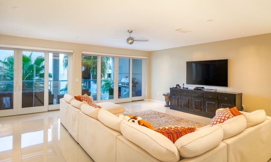 Seaview Penthouse - Image 3