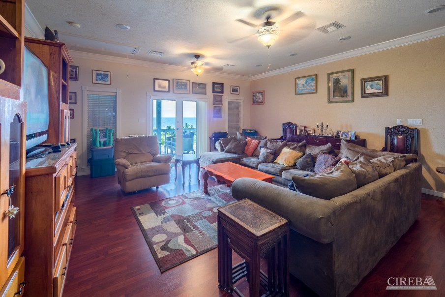 CAYMAN BRAC GUEST HOUSE WITH BEACH LOT! - Image 27