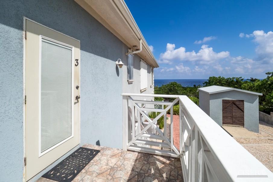 CAYMAN BRAC GUEST HOUSE PLUS BEACH FRONT LOT - Image 15