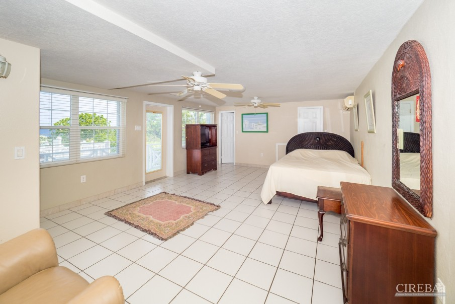 CAYMAN BRAC GUEST HOUSE WITH BEACH LOT! - Image 24