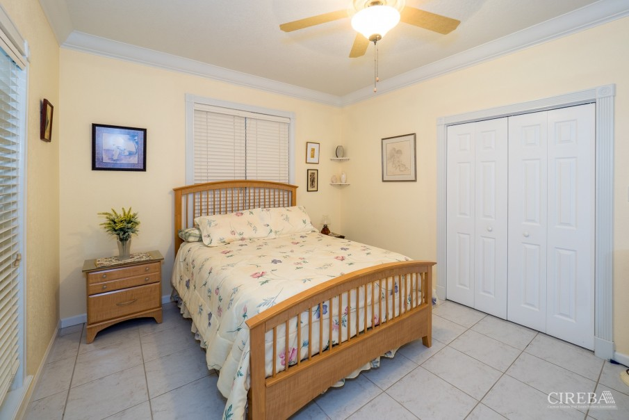 CAYMAN BRAC GUEST HOUSE WITH BEACH LOT! - Image 12