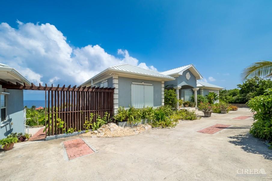 CAYMAN BRAC GUEST HOUSE PLUS BEACH FRONT LOT - Image 8