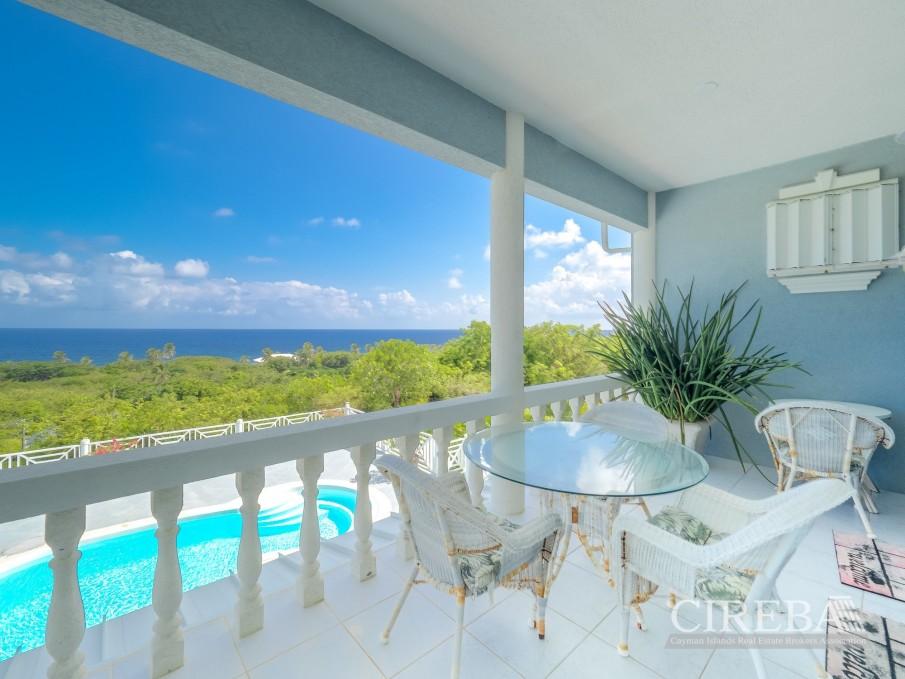 CAYMAN BRAC GUEST HOUSE PLUS BEACH FRONT LOT - Image 2