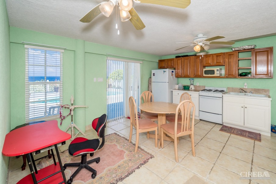 CAYMAN BRAC GUEST HOUSE WITH BEACH LOT! - Image 21