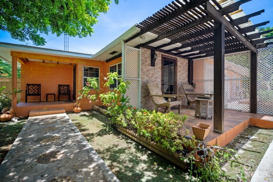 WEST BAY HOME INVESTMENT/ W APARTMENT/W POOL - Image 8